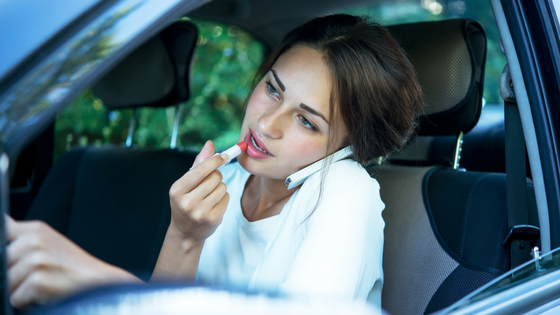 How to Eliminate Distractions in the Car